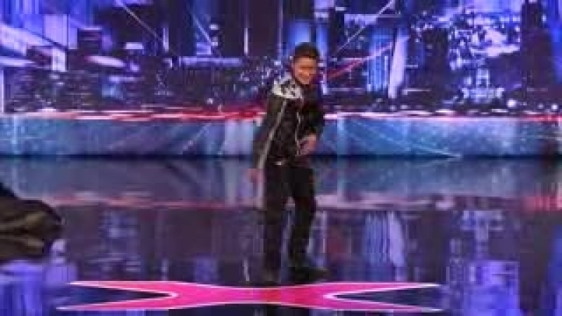 El mejor bailarín del mundo - América tiene talento increíble._low