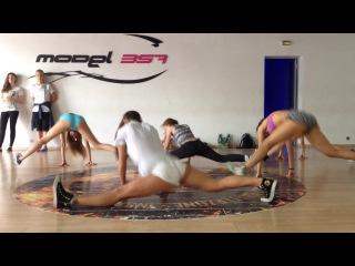 Урок Lesssi Twerk booty dance тверк