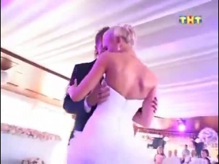 Невероятно красивый свадебный танец Танец Ольги Бузовой и Дмитрия Тарасова на свадьбе Жми и смотри!