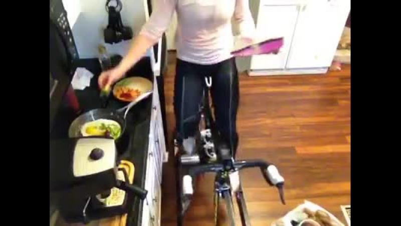 Женщина твоё место на кухне