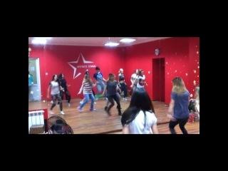 DanceStation)
