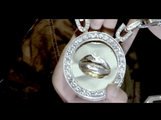 Софи Маринова feat. Устата - Чужди устни (2008)