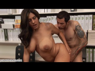 video-erotika-s-biznes-ledi-7