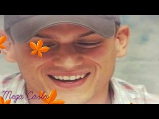 «Happy Christmas» - Wentworth Miller»