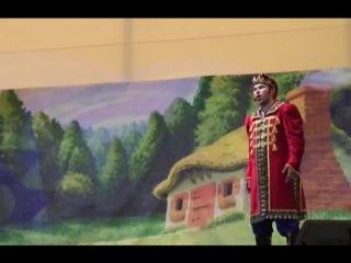 В гостях у сказки: Царевич встречает прекрасную Царевну.