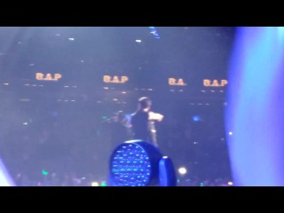 """- fancam - 30-10-2014, music bank in mexico, b.a.p (""""one shot"""")"""