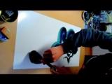 Японец рисует движения дракона