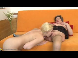 Old-and-Young-Lesbians.com/Mature.nl: Anika W. (19), Carmela (57) (2015) HD