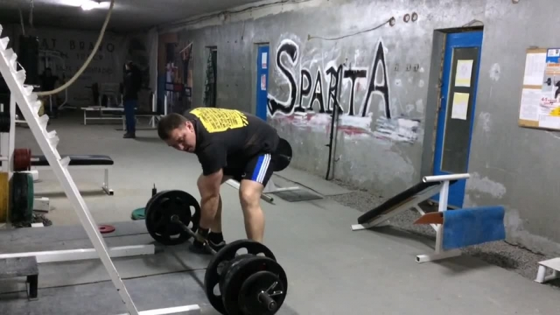 Сергей Сущик - становая тяга левой рукой 190 кг
