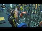 Тренировка мышц спины. Виталий Ложников и Станислав Линдовер.