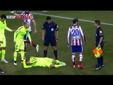 Jordi Alba hit by assistant referee.mp4