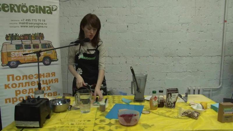 Салат картофельный, гречневики со свекольной подливой, оладьи с клюквенным соусом - Лидия Серёгина. Сыроедение