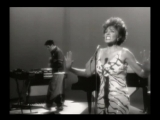 Propellerheads ft. Miss Shirley Bassey - History Repeating