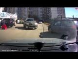 интересно, кто за рулём?))