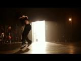 Девушка очень классно танцует!!Клип под песню Майкла Джексона Hollywood