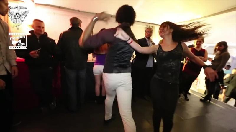 Terry SalsAlianza Amely - social dance 2 @ Salsa Night Péniche Touta