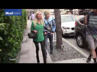 Tara-Reid-and-Jedward-in-Beverly-Hills-St-Patricks-Day