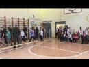 Торжественный вход на старт 5-6 классов. День Рекордов в школе №172.