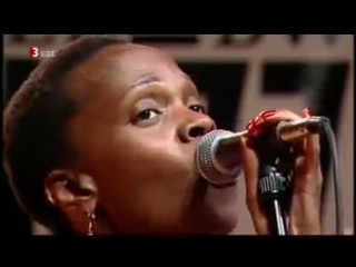 Renee Neufville & Roy Hargrove's RH Factor - Juicy (Live 2005)