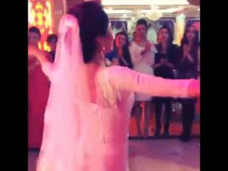 Уйгурский танец на свадьбе