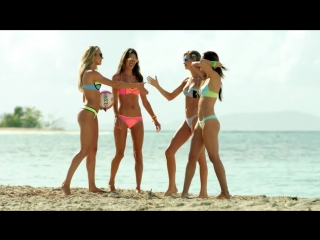 Behind The Victoria's Secret Swim Special: Serious Competition