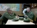 Армейский прикол с ложками Прикол с ложками в армии