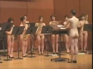 Naked Japanese Orchestra plays The Nutcracker march (Pyotr Tchaikovsky).mp4