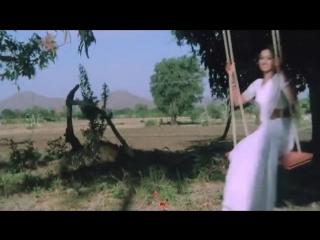 Senthoora Poove  - 16 vayathinile (1977)