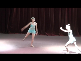 Maddie Ziegler and Kendall Vertes - Through the Glass duet (ALDC Showcase, Dublin)