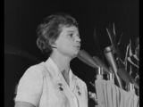 Валентина ТЕРЕШКОВА на Кубе поёт песню про Кубу и Фиделя