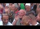 Сербия Протестующие отмечают как Ассамблея Косово приостановила демаркации границы голосования