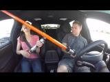 Семейная поездка на автопилоте Tesla [480p]