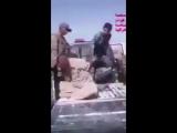 Бандиты из сектантской милиции Хашид шааби издеваются над беженцами из Фаллуджи +18