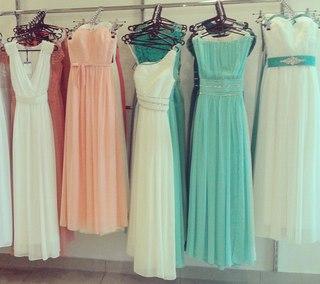 Вечірні плаття на прокат. Сукні для дружок.  364d0ff73285d