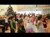 Новогодняя елка в школе 2