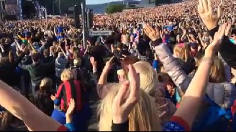 Повернення вікінгів як Ісландія свої футболістів зустрічала