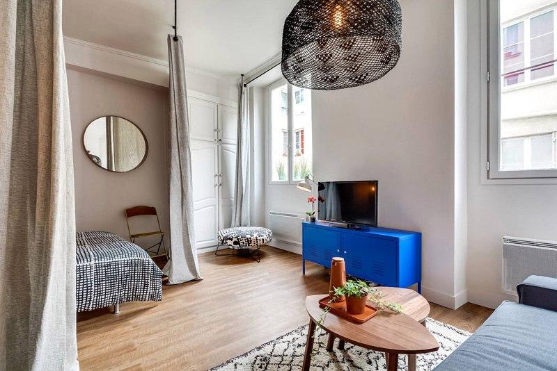 Квартира-студия 25 м в Париже.