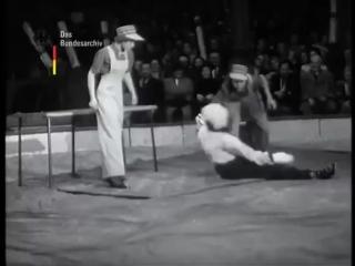 Morlidors, Puppe_doll act_Кукла, 1952
