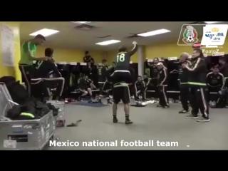 ТОП-10 футбольных Mannequin Challenge
