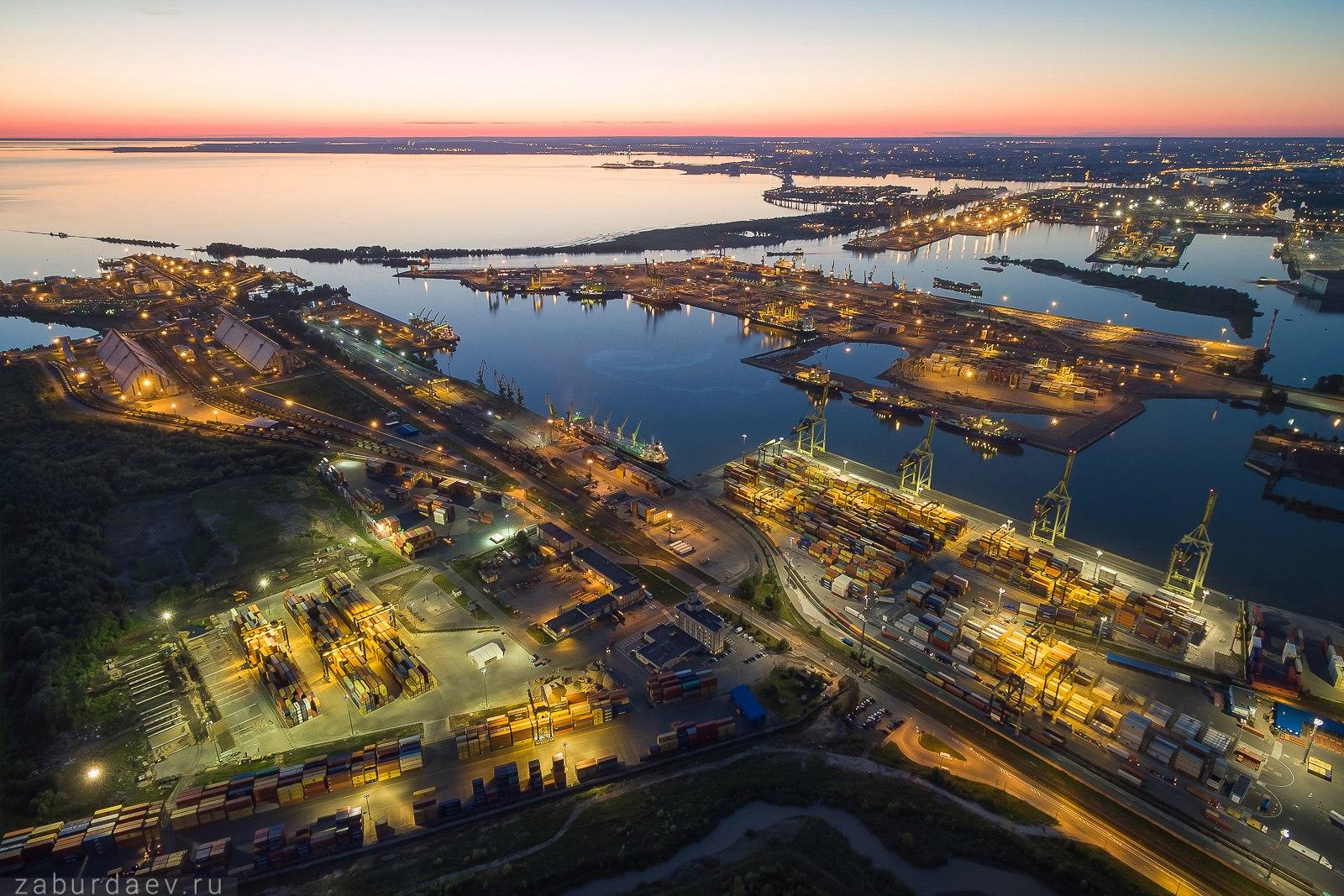 Большой морской порт Санкт-Петербурга