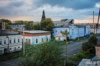 Вид с чердака ул. Кирова, 60