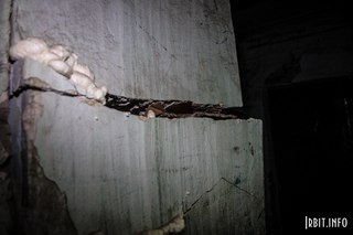 Разрушение несущей стены. Интерьер. Ирбит, ул. Орджоникидзе, 18. 18 июля 2016 г.