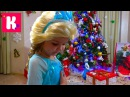 Подарки для Кати от Деда Мороза / Примеряем и будим Макса