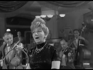 Рина Зеленая в фильме «Дайте жалобную книгу» (1964)
