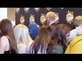 Alycia Debnam-Carey with fans +(another actors). Comic Con. Copenhagen.