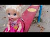✔ Кукла Baby Alive и Мелисса на Прогулке на детской площадке ✔