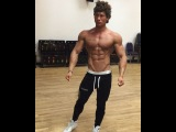 Instagram video by Fit Model/Shit Comedian • Jun 17, 2016 at 2:00pm UTC