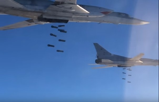 Российские дальние бомбардировщики нанесли второй удар по ИГ в Сирии