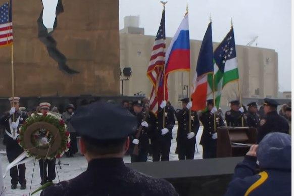 Гимн РФ в исполнении американцев – в США почтили память жертв крушения Ту-154