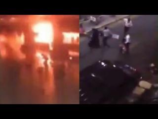 Видео двух взрывов в аэропорту Ататюрка, Стамбул, Турция